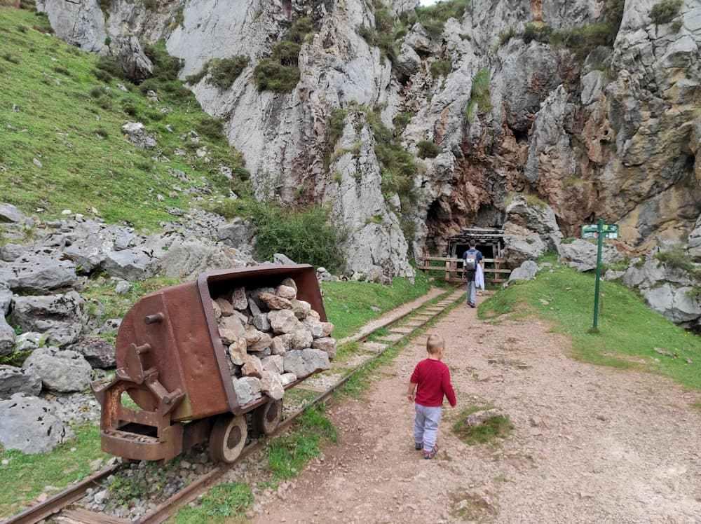 Entrada Minas de Buferrera